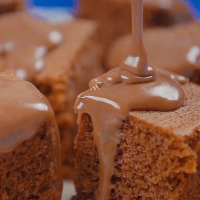 Tijuca 1a Temporada – Food Film bolo chocolate